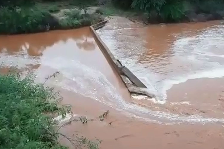 Brumado: Mais uma obra mal feita que as poucas chuvas derrubam