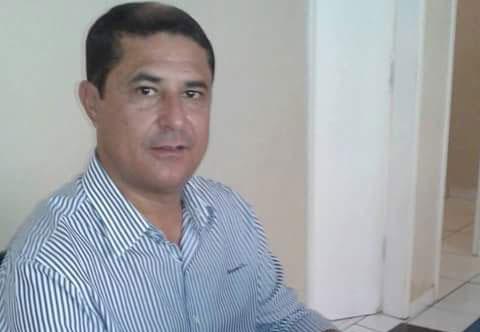 BETO DE PRETO NETO,  pré-candidato a prefeito de Malhada de Pedras,  ajuizou ação contra os vereadores da base aliada da prefeita Terezinha