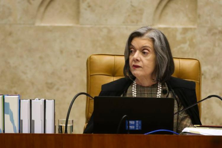Cármen Lúcia retorna ao TSE como ministra substituta