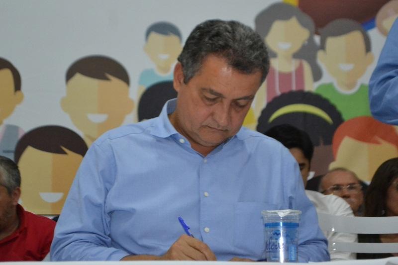 Governo do estado volta a permitir eventos com até 50 pessoas na Bahia