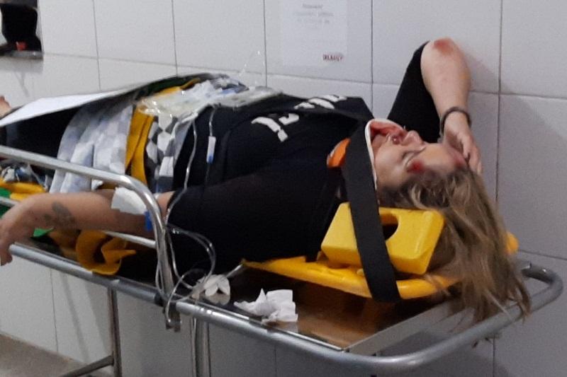 Brumado: Ao desviar de cavalo, motociclista bate em cachorro e sofre acidente na Av. Lindolfo Azevedo Brito