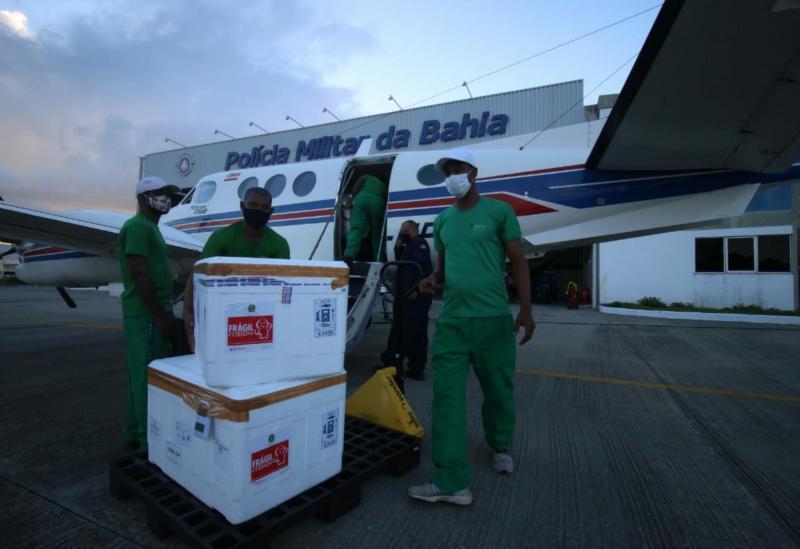 Aeronaves do Estado levam para o interior mais 88 mil doses de vacina contra a Covid-19