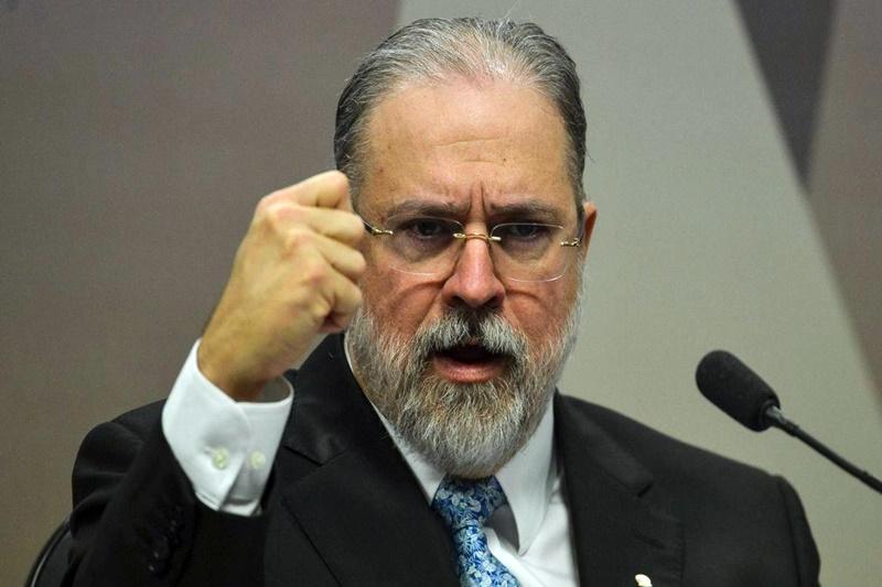 Aras defende que cassação por candidatura laranja deve atingir toda a chapa eleitoral