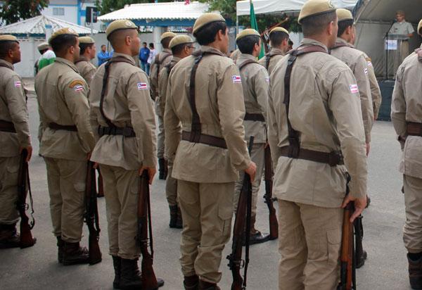 Governador anuncia publicação de resultado final de concursos para Polícia Militar e Corpo de Bombeiros
