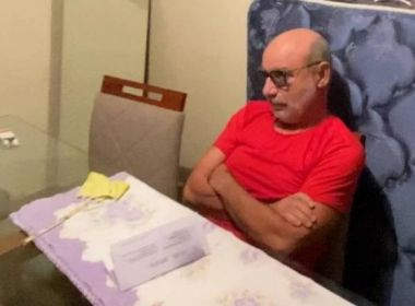 Queiroz confessa 'rachadinha', mas inocenta Flávio Bolsonaro de participação no esquema