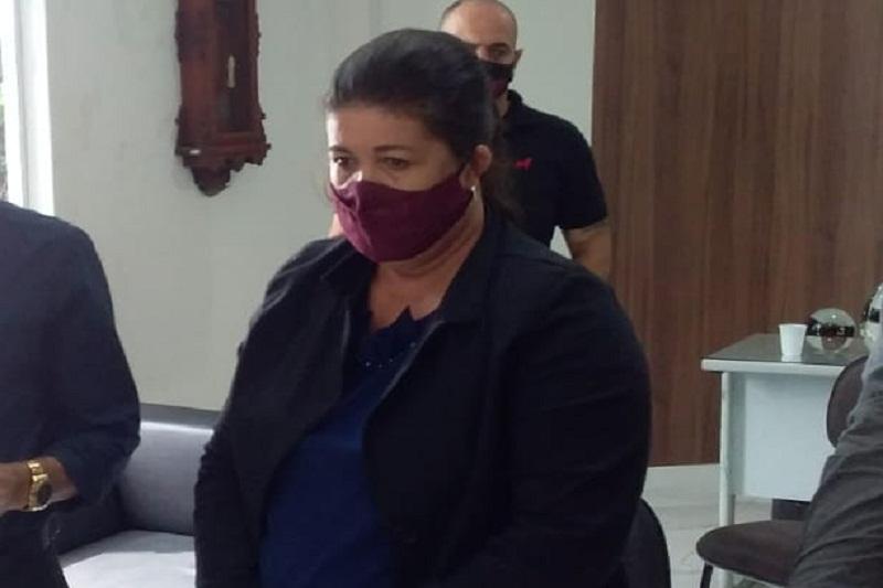 Brumado: Em meio à criticas da oposição, vereadora Verimar diz está seguindo e Regimento e a Lei Orgânica da Câmara Municipal