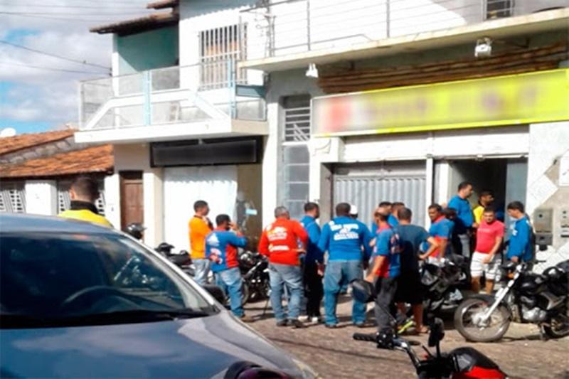 Projeto de lei concede isenção de IPI e IOF para compra de motos por mototaxistas