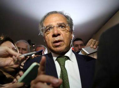 Guedes nega saída de Ministério da Economia: 'Vou deixar na hora mais grave?'