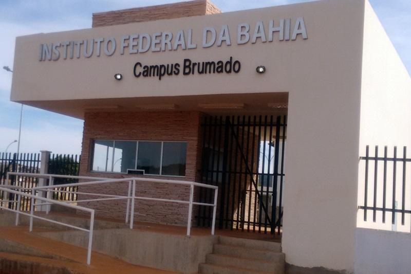 IFBA realiza Consulta Pública sobre a implantação do curso Superior em Engenharia Civil no campus Brumado