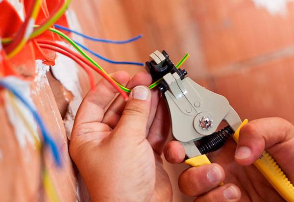 Brumado: Curso de Eletricista é ofertado pelo SENAI