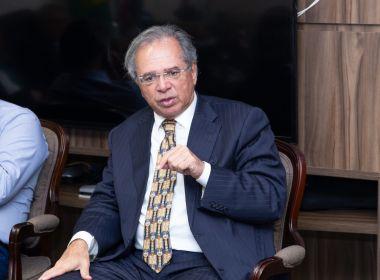 Brasil não aguenta muito tempo de auxílio emergencial, afirma Guedes