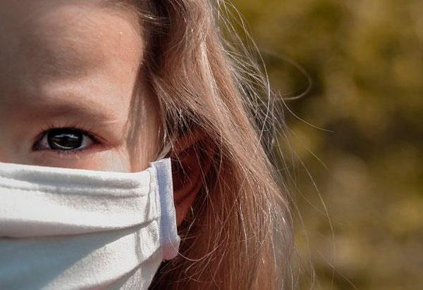 Cresce número de crianças e adolescentes infectados por Covid-19 em relação a 2020