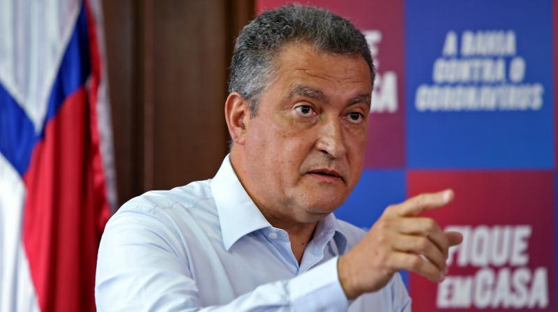 Governador Rui Costa presta depoimento à PF no caso dos respiradores