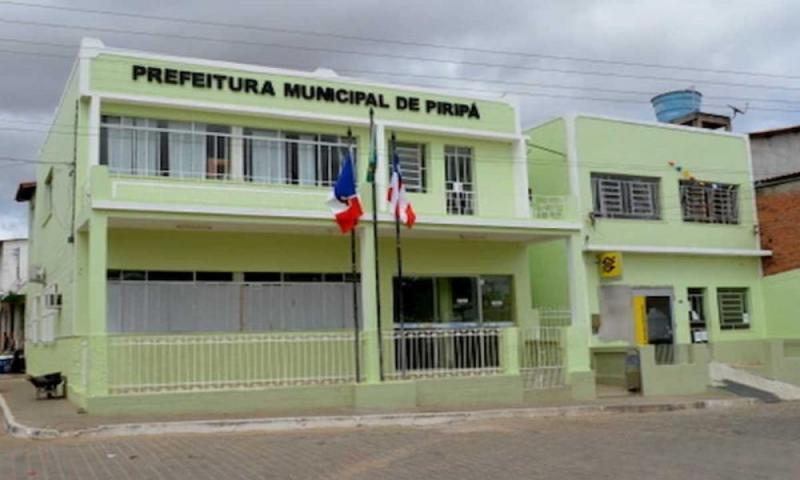 PDT Ingressa Ação de Investigação Judicial Eleitoral contra o prefeito Flávio, candidato a reeleição de Piripá.
