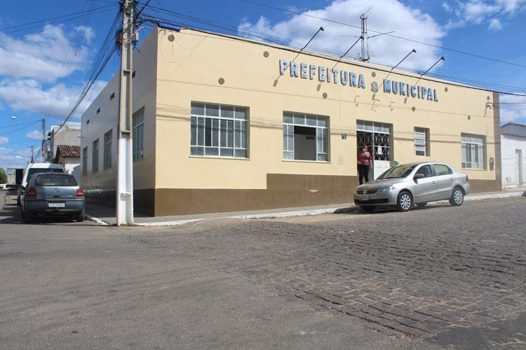 Covid-19: Prefeitura de Malhada de Pedras fecha bares e suspende venda de bebidas alcoólicas
