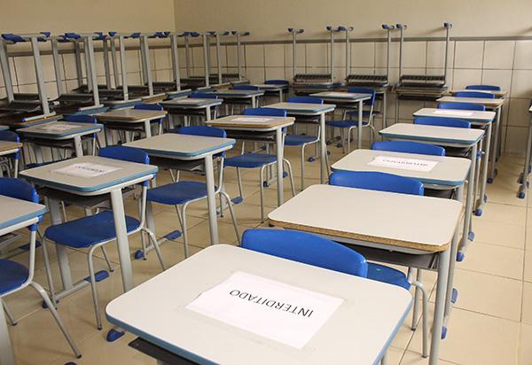 Rui Costa diz que aulas presenciais devem voltar quando taxa de ocupação de UTI estiver abaixo de 80%