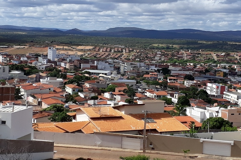Sesab não recomenda viajar para Brumado e 31 cidades com variantes da Covid-19