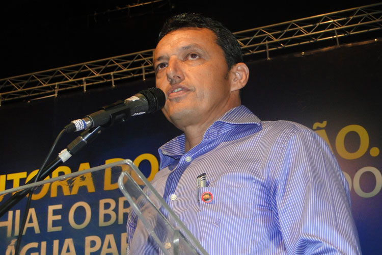 TCM manda Charles Fernandes devolver R$ 100 mil ao município de Guanambi