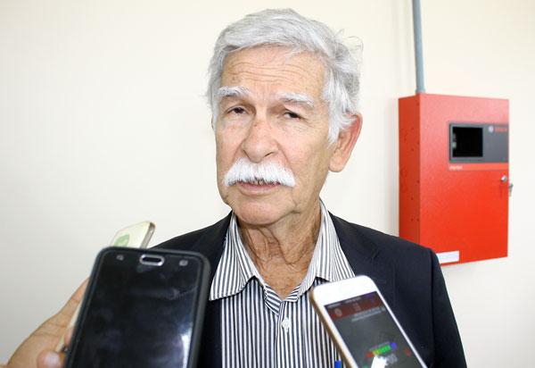 Enquanto prefeito de Conquista concede adicional de 40% a servidores que estão no atendimento a Covid-19, em Brumado prefeito veta projeto da vereadora Ilka Abreu