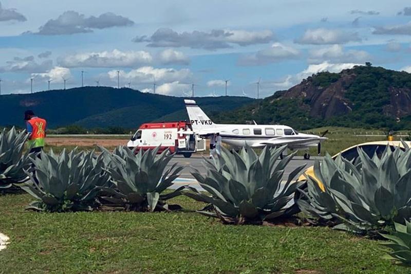Com poucos leitos, fluxo de UTIs aéreas é intenso no aeroporto de Guanambi