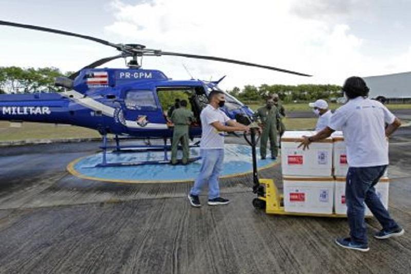 Bahia receberá 500 mil doses de vacinas contra Covid-19 na quinta-feira (15)